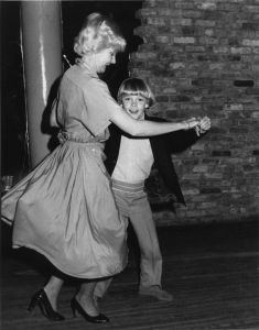Ricky Schroder and mom 1981  NYC.jpg